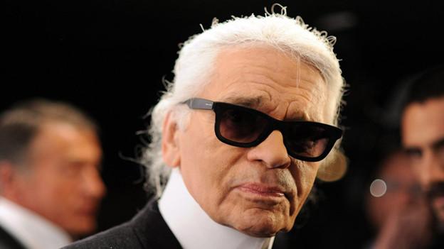 Karl Lagerfeld ist der prominenteste Anhänger der Slim-Fit-Fashion.