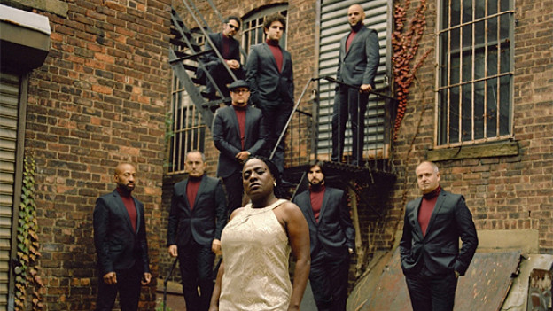 Sharon Jones mit ihrer Band «The Dap-Kings».
