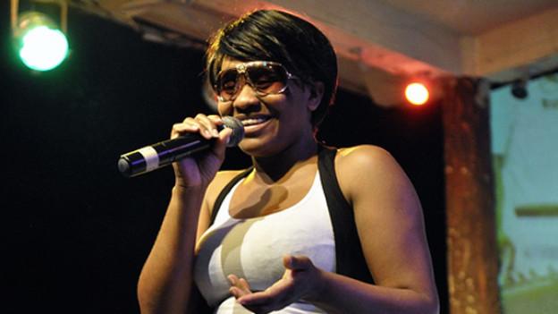 Spielt am 22. Juli am Reeds Festival und gehört zu den besten weiblichen Dancehall-DJs: Tanya Stephens