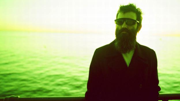 Mark Oliver Everett alias Eels produziert Musik am Laufmeter.
