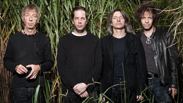 Nicht mehr ganz so junge Götter: The Young Gods schufen in den frühen 80er den Nährboden für moderne Industrial-Bands wie Nine Inch Nails, Rammstein und Marylin Manson.