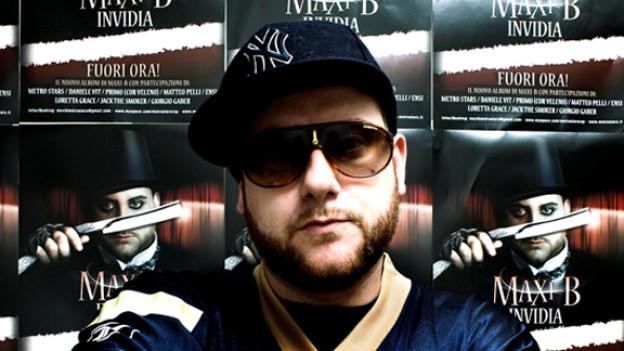 Palmen statt Ghetto: Maxi B – Rappender Bad Boy aus dem Tessin.