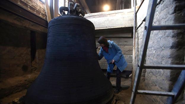 Anfang Dezember wurde mit der Installation der neuen Glocken begonnen.