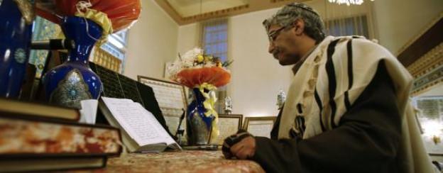 Gebet in einer Synagoge in Teheran.