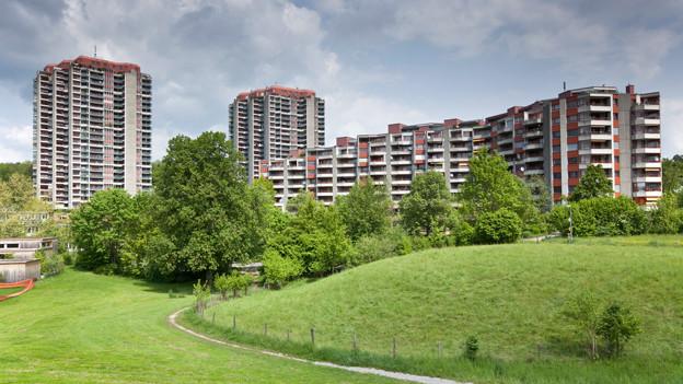 Bekannt für ihre Hochhäuser: Die Gäbelbach-Siedlung am Stadtrand von Bern Bethlehem.