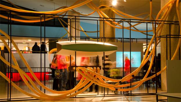 Installation OCTO P7C-1 im Foyer der Transmediale.