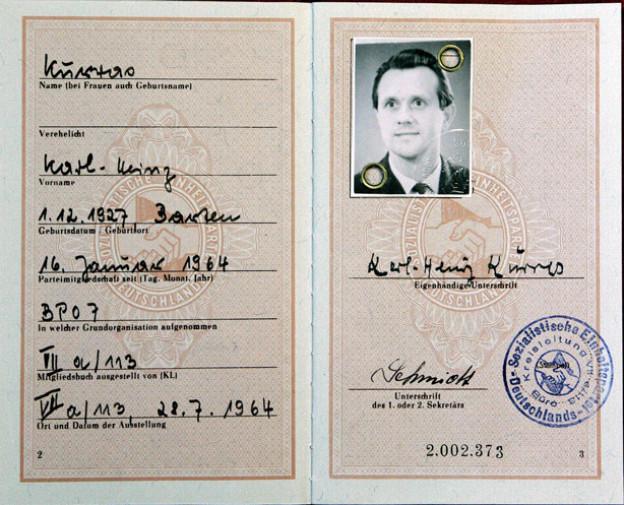 Der SED-Mitgliedsausweis des Westberliner Polizeibeamten Karl Heinz Kurras.