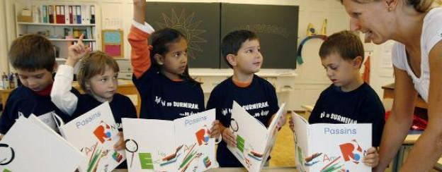 Seit einigen Jahren wird das Standard-Rumantsch an den Schulen unterrichtet.