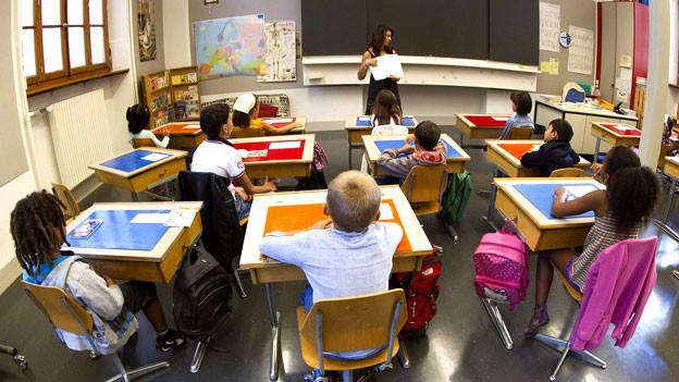 Die Gesellschaft ändert sich seit Jahren, Institutionen wie Schulen oder Behörden kaum oder nur sehr langsam.