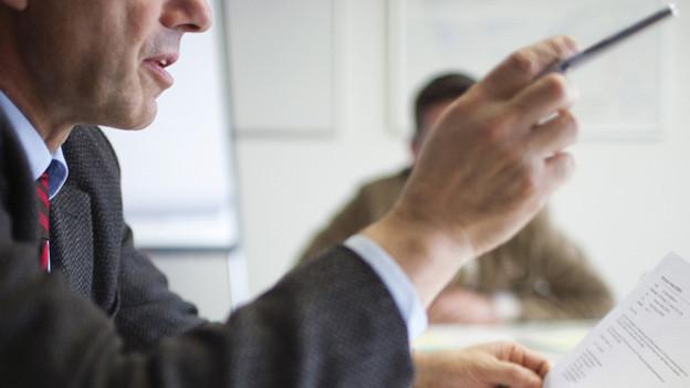 Manager sollten nicht nur diktieren, sondern auch kommunizieren.