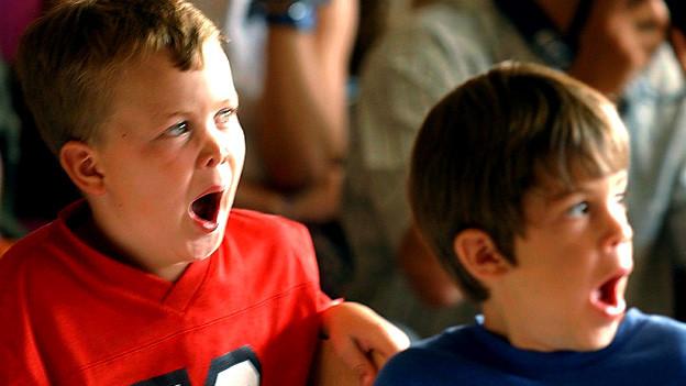 Am ersten Schultag: Müdigkeit oder Sympathiebekundung?