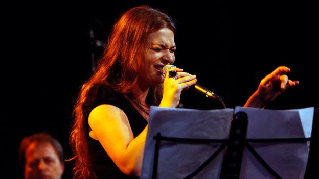 Die albanisch-schweizerische Sängerin Elina Duni.