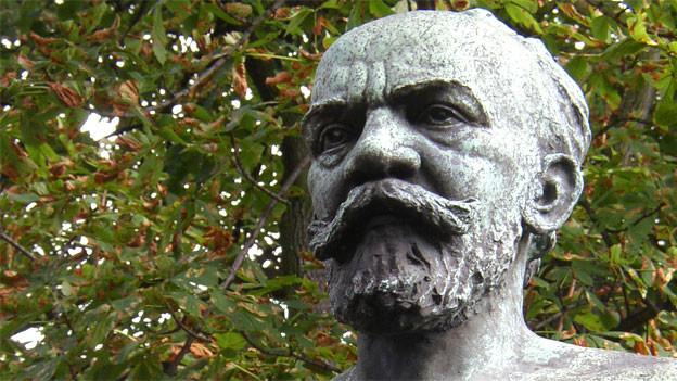 Eine Büste des böhmischen Komponisten Antonín Dvo?ák (1841-1904) in Kladno, Tschechien.