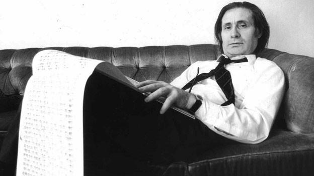 Der Komponist Alfred Schnittke (1934 bis 1998) auf einem Foto aus dem Jahr 1988.