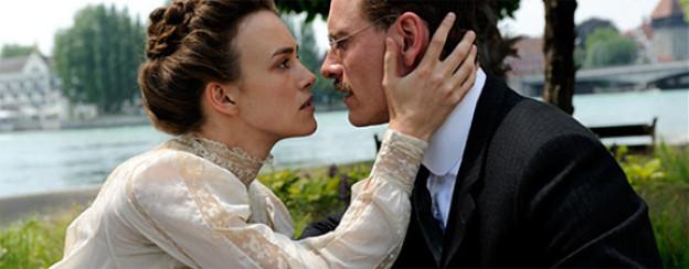 Keira Knightley als Sabina Spielrein und Michael Fassbender als C.G. Jung.