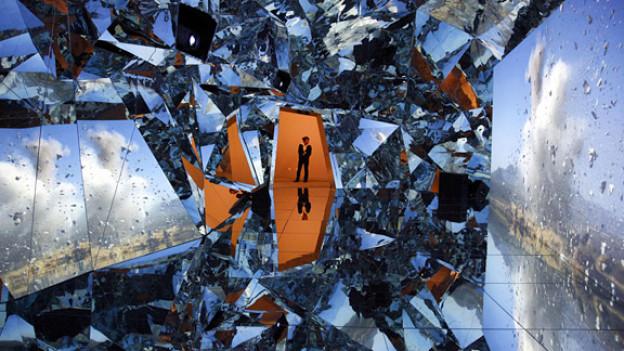 Gut bewacht: «My Universe - The Beginning» des chinesischen Künstlers Zhan Wang.