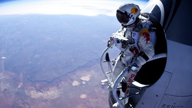 Der Mann, der vom Himmel fiel: Extremsportler Felix Baumgartner stellte mit seinem Stratos-Sprung einen neuen Rekord auf.