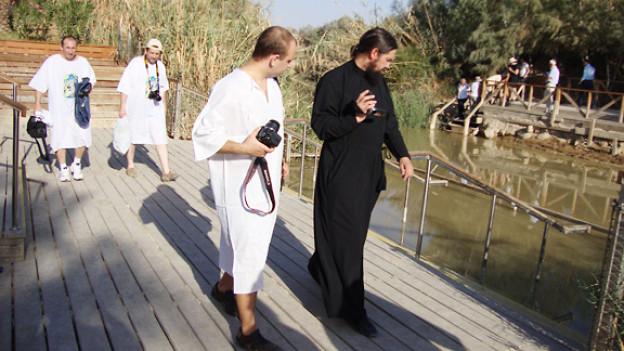 Taufstätte Jesu am verschmutzten Jordan bei Jericho.