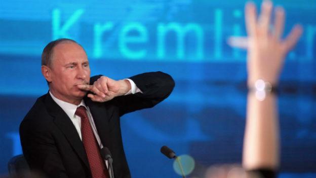 Vladimir Putin an der Medienkonferenz in Moskau