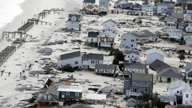 """Die Schäden des Wirbelsturms """"Sandy"""" Ende Oktober sind gewaltig"""