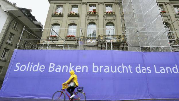 Banken müssen ihre Reserven aufstocken.