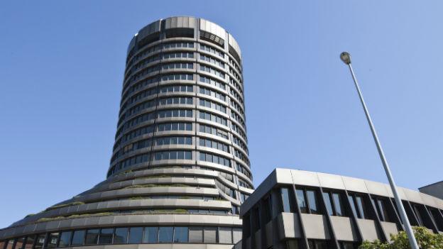 Der internationale Basler Ausschuss für Bankenaufsicht lockert die Liquiditätsregeln.