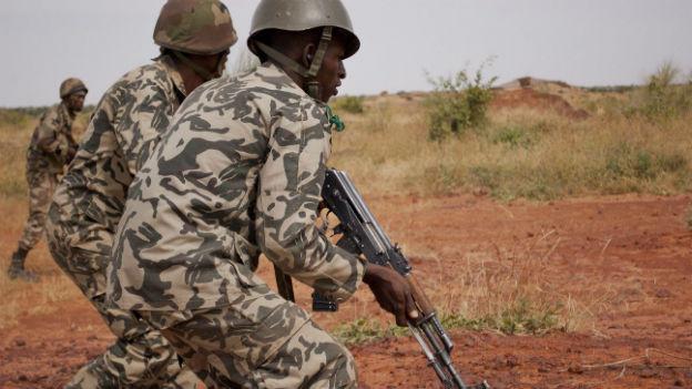 Malische Soldaten im Einsatz