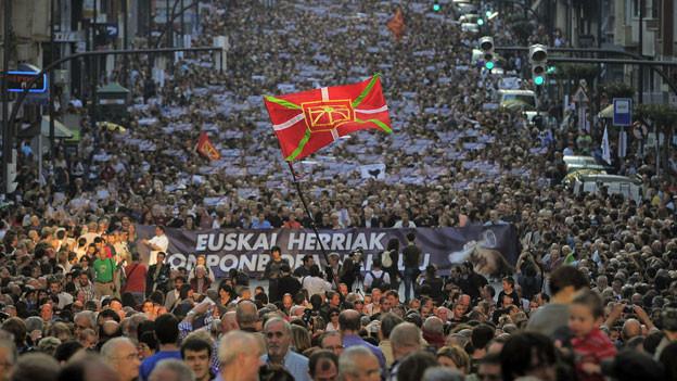 Demonstration von Basken für einen, von Spanien unabhängigen, Staat im Bilbao, Oktober 2011.