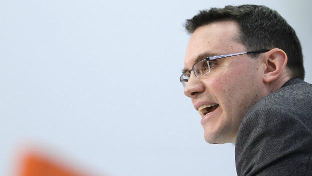 Der Politologe Georg Lutz während einer Medienkonferenz 2010 in Bern