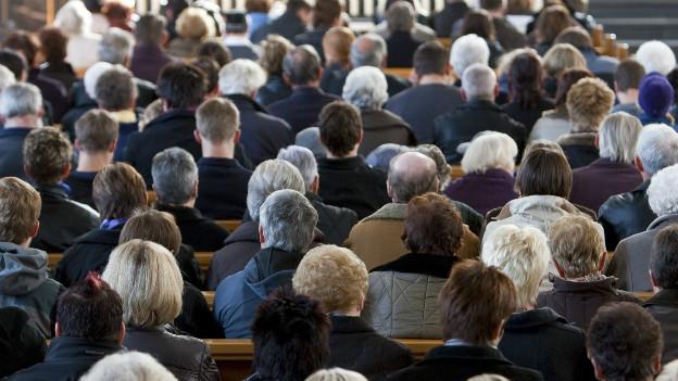 Selten zusammen in der Kirche: Katholiken und Protestanten in einem Gottesdienst in Stans.