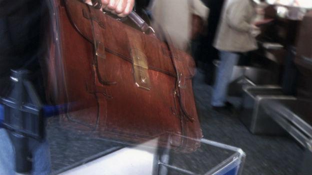 Gepäckdiebe nutzen den Moment der Unachtsamkeit.