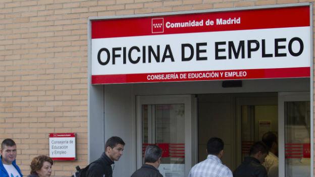 Die Arbeitslosigkeit steigt weltweit, so auch in Spanien.