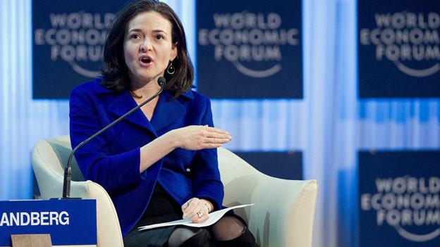 Sheryl Sandberg, CEO von Facebook, spricht am WEF 2012.
