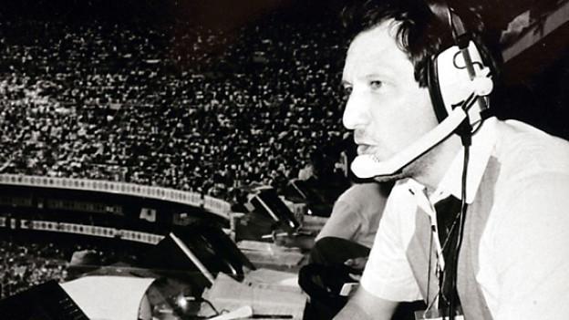 Sportmoderator Bernard Thurnheer im Azteka-Stadion in Mexiko-City an der Fussball WM 1986.