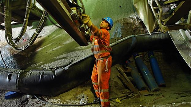 Faido, Oströhre Nord: Revision der Tunnelbohrmaschine