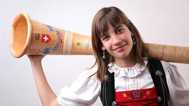Trat am 17. September 2011 bei «Alphorn in concert» auf: Die junge Alphornsolistin Lisa Stoll.