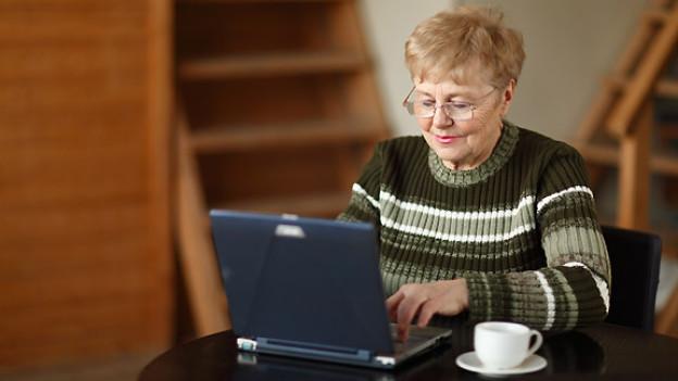 Kontakte knüpfen, Angebote suchen oder Hilfe anbieten: Dank dem Internet kann man sich unabhänging von Ort und Zeit begegnen.