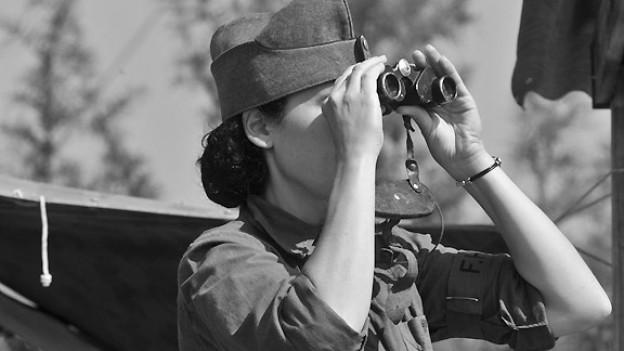 Einsatz im militärischen Frauenhilfsdienst FHD.