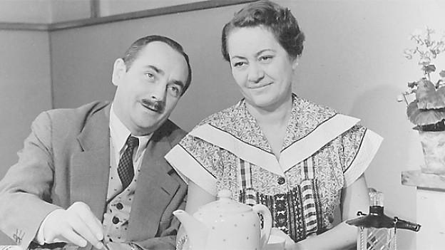 «Bi's Ehrsams zum schwarze Kaffi», 1955 mit Ruedi Walter und Margrit Rainer.