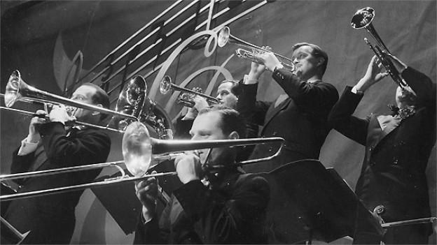 Die Bläser vom Orchester Cédric Dumont 1949.