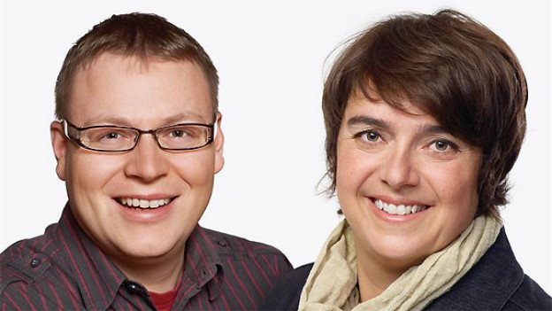 Berichten live vom Folklorenachwuchs-Wettbewerb: Sämi Studer und Pia Kaeser.