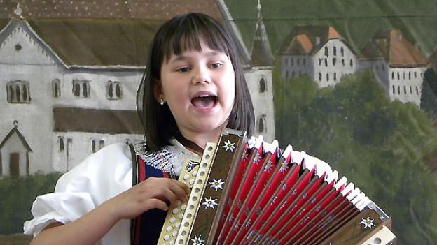Folklorenachwuchs-Siegerin in der Kategorie Jodel: Solojodlerin Madlene Husistein, Schwarzenberg LU.