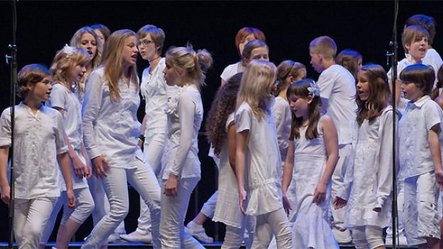 Der Chor der Singschule cantiamo Oberwallis ist eine von sechs Formationen am Alpenchorfestival Oberwallis.