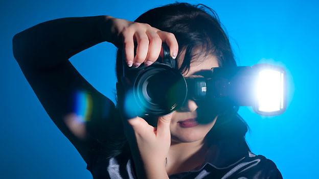 Blitzlicht führt manchmal zum sogenannten Rote-Augen-Effekt.