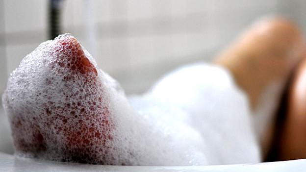 Ein seifiges Vergnügen schwemmt den Schmutz weg, gleichzeitig wird die Haut aber auch empfindlicher.