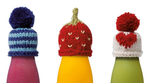 Gestreift, als Erdbeere oder mit Herz: Die Vielfalt an Formen und Farben verleiht der Aktion «Das Grosse Stricken» einen ganz besonderen Reiz.