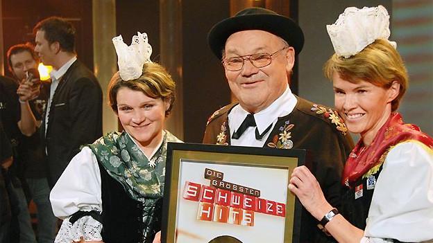 Das Lied «Dr Schacher Seppli», interpretiert von Ruedi Rymann, wird 2007 zum grössten Schweizer Hit gekürt.