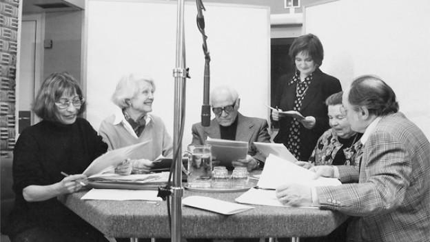 Das «Memo-Treff» Team: Bettina Lindtberg, Lore Reutemann, Ettore Cello, Katja Früh, Valerie Steinmann und Inigo Gallo (v.l.n.r.).