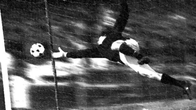 Siebenfacher Torjubel für die Schweizer Fussball-Nationalmannschaft bei EM-Qualifikationsspiel 1967 gegen Rumänien. (Symbolbild)