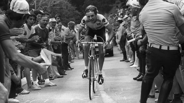 Beat Breu am 17. Juni 1981 bei der 7. Etappe der Tour de Suisse. Er gewinnt das Bergzeitfahren von Lugano auf den Monte Bré.